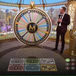 jeu de Monopoly en ligne en direct de studio